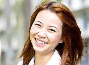 ביטוח רפואי עובדים זרים- עובדת זרה | גל הבריאות